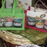 Confezioni regalo confetture e miele biologico